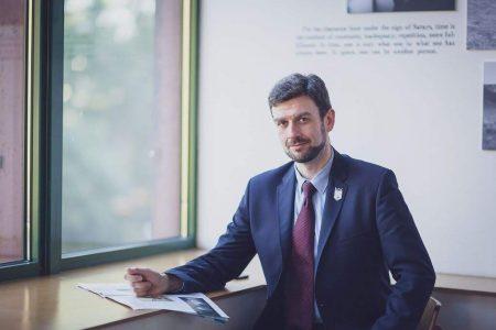 Meet The Toastmaster Of The Year – Ryszard Kosowicz